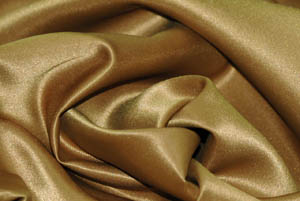 Camel L'Amour Satin Table Overlays Overlays