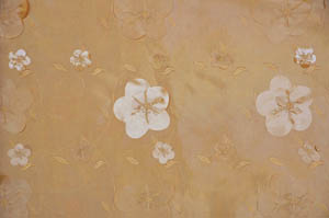 Champagne Applique Taffeta Table Runners Table Runners