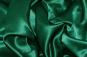 Hunter Green L'Amour Satin Table Overlays Overlays