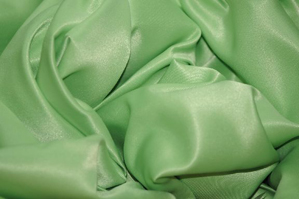 Light Lime L'Amour Satin Table Overlays Overlays